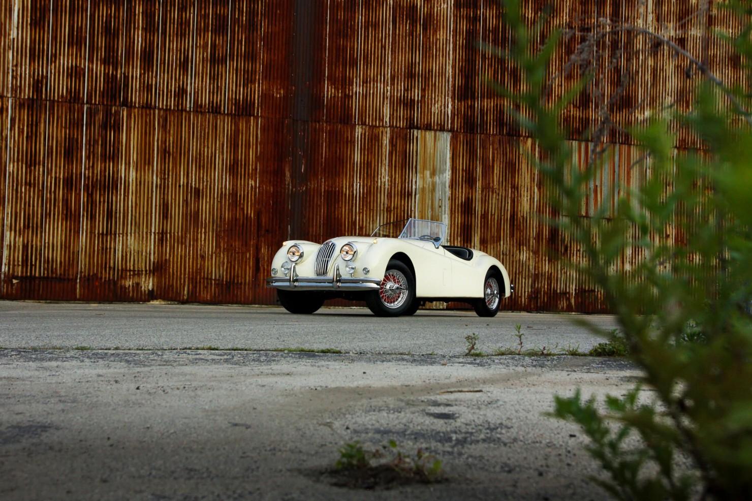 Jaguar_XK140_Car_6