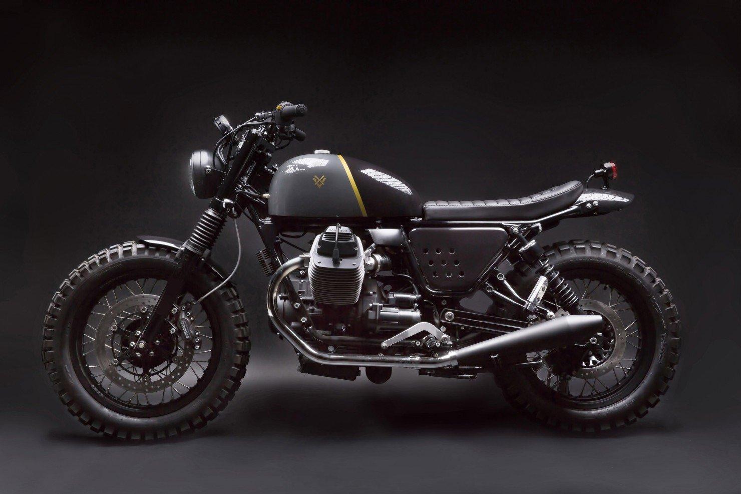 Moto Guzzi V7 Stone 21