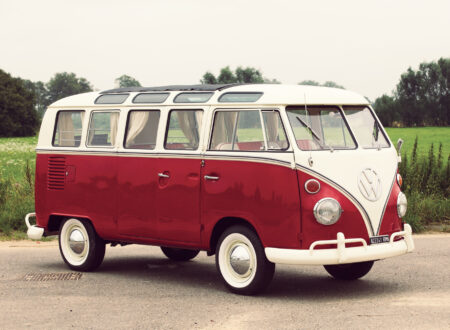 Volkswagen_21-Window_Micro_Bus_1