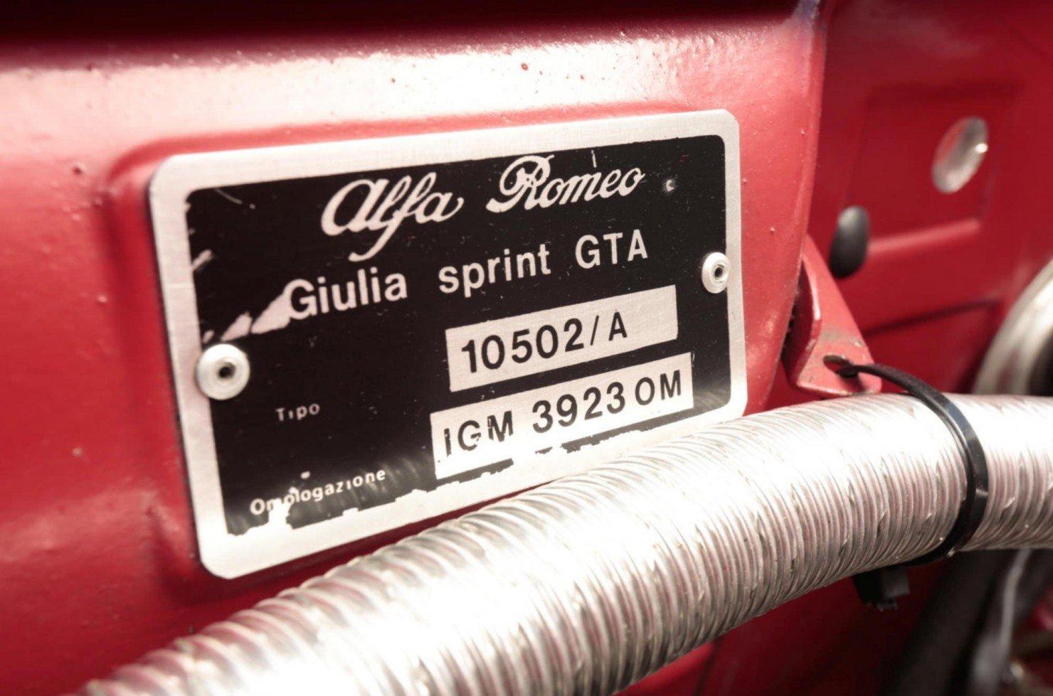 Alfa_Romeo_Giulia_Sprint_12