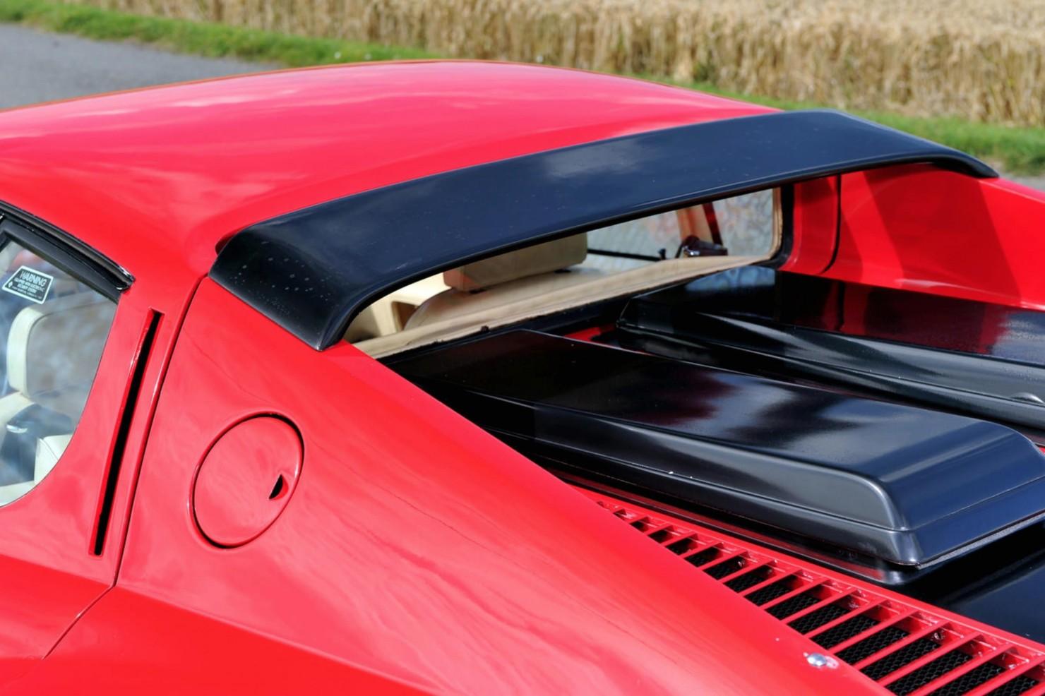 Ferrari_512BBi_10