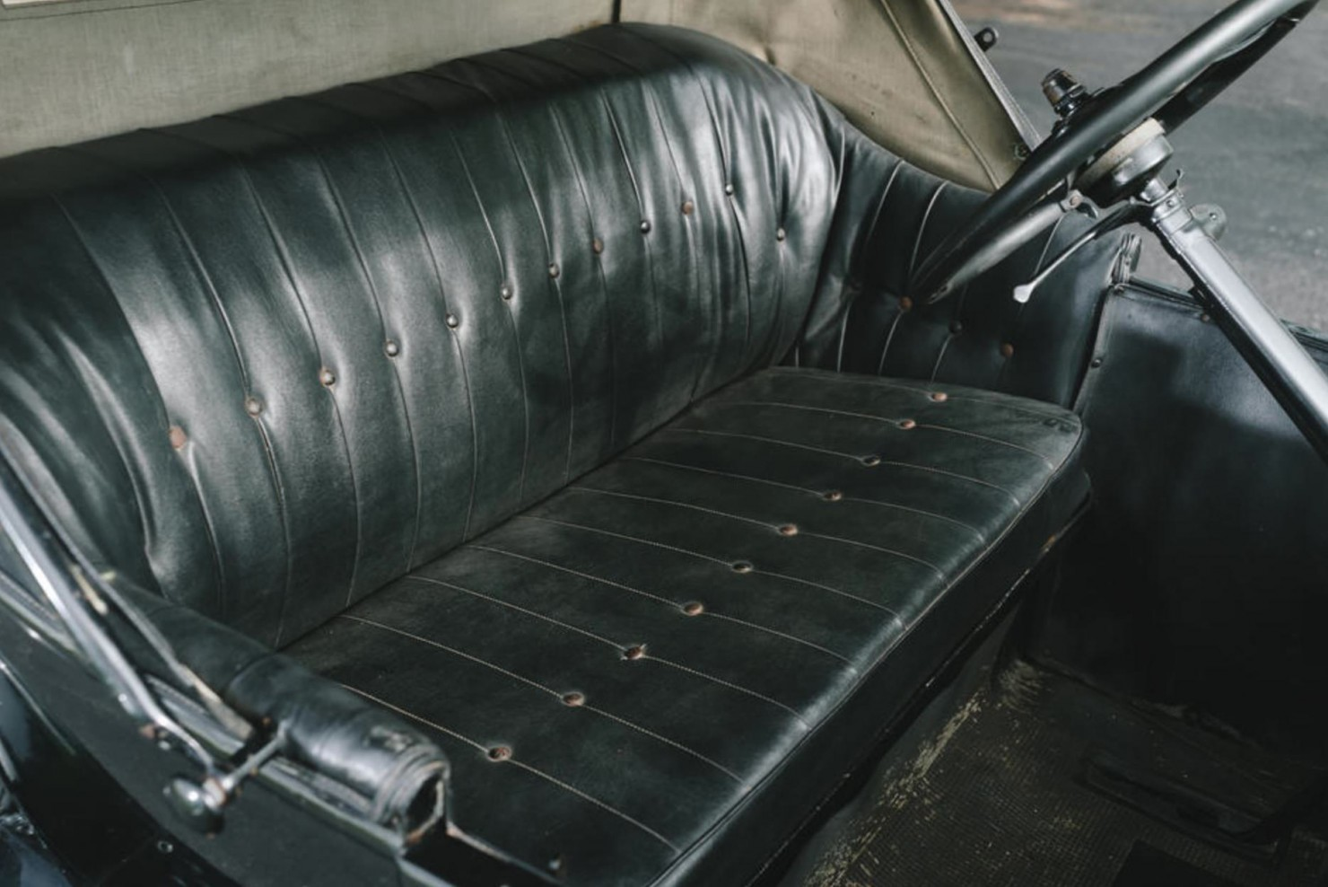 Ford Model T Roadster Seat
