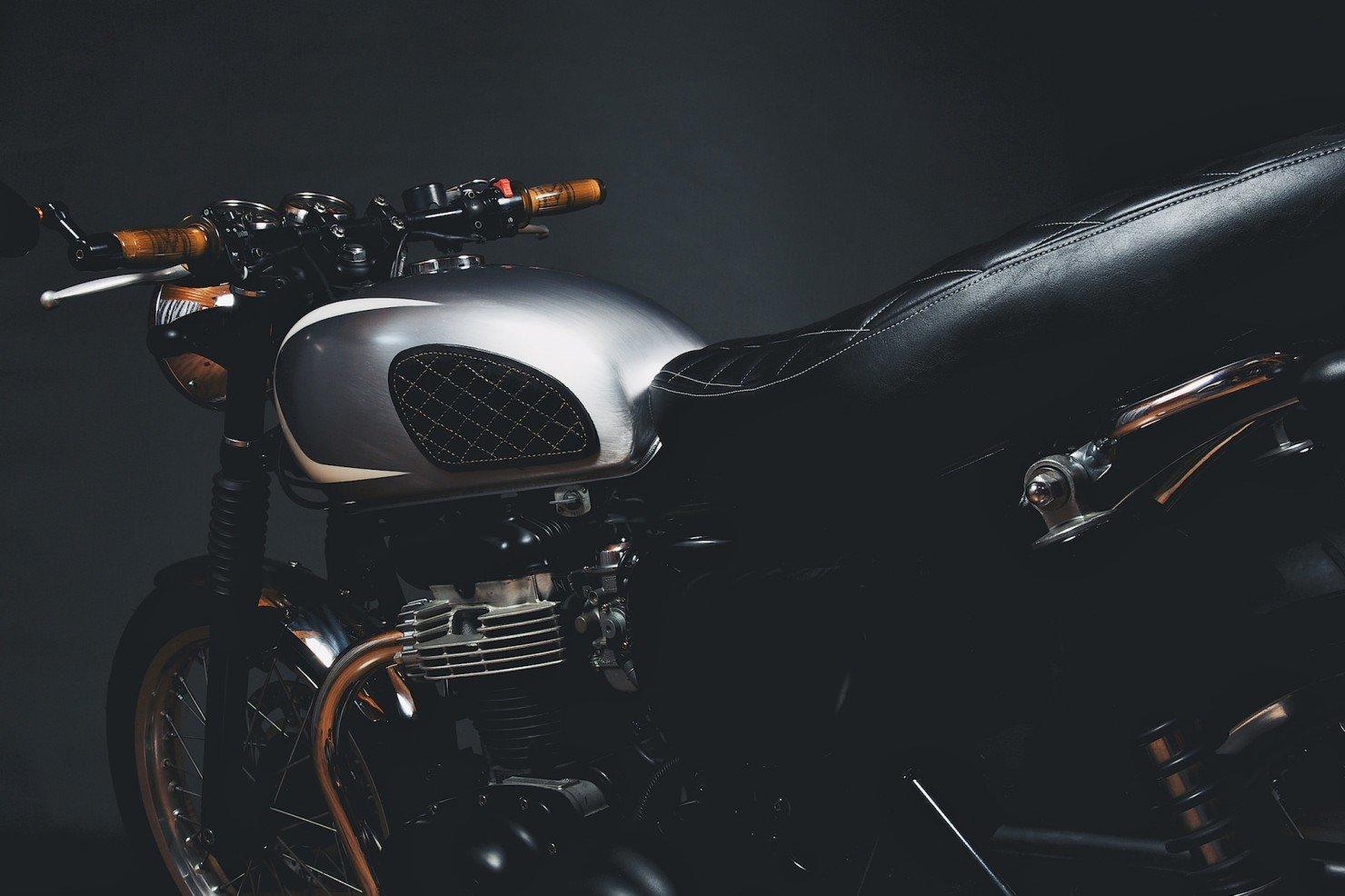 Kawasaki W650 Motorcycle 1 1480x986 Kawasaki W650