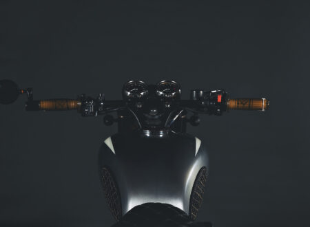 Kawasaki W650 Motorcycle 12 450x330 - Kawasaki W650 by Motovida