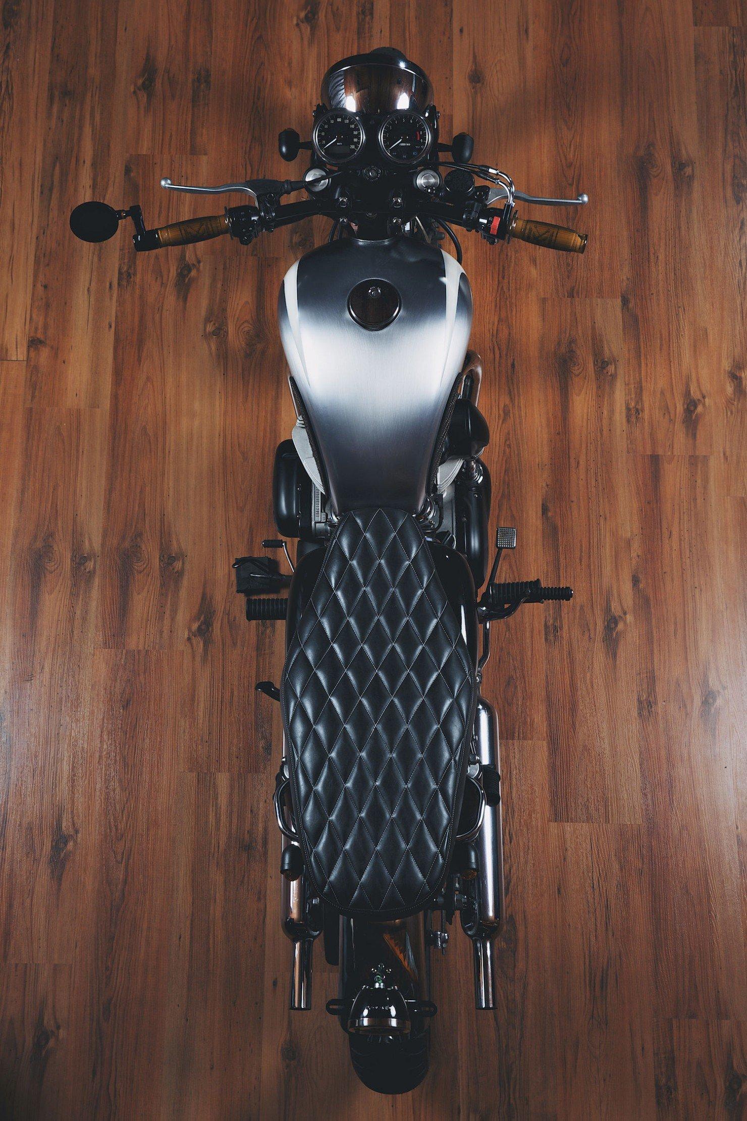 Kawasaki W650 Motorcycle 15 1480x2220 Kawasaki W650