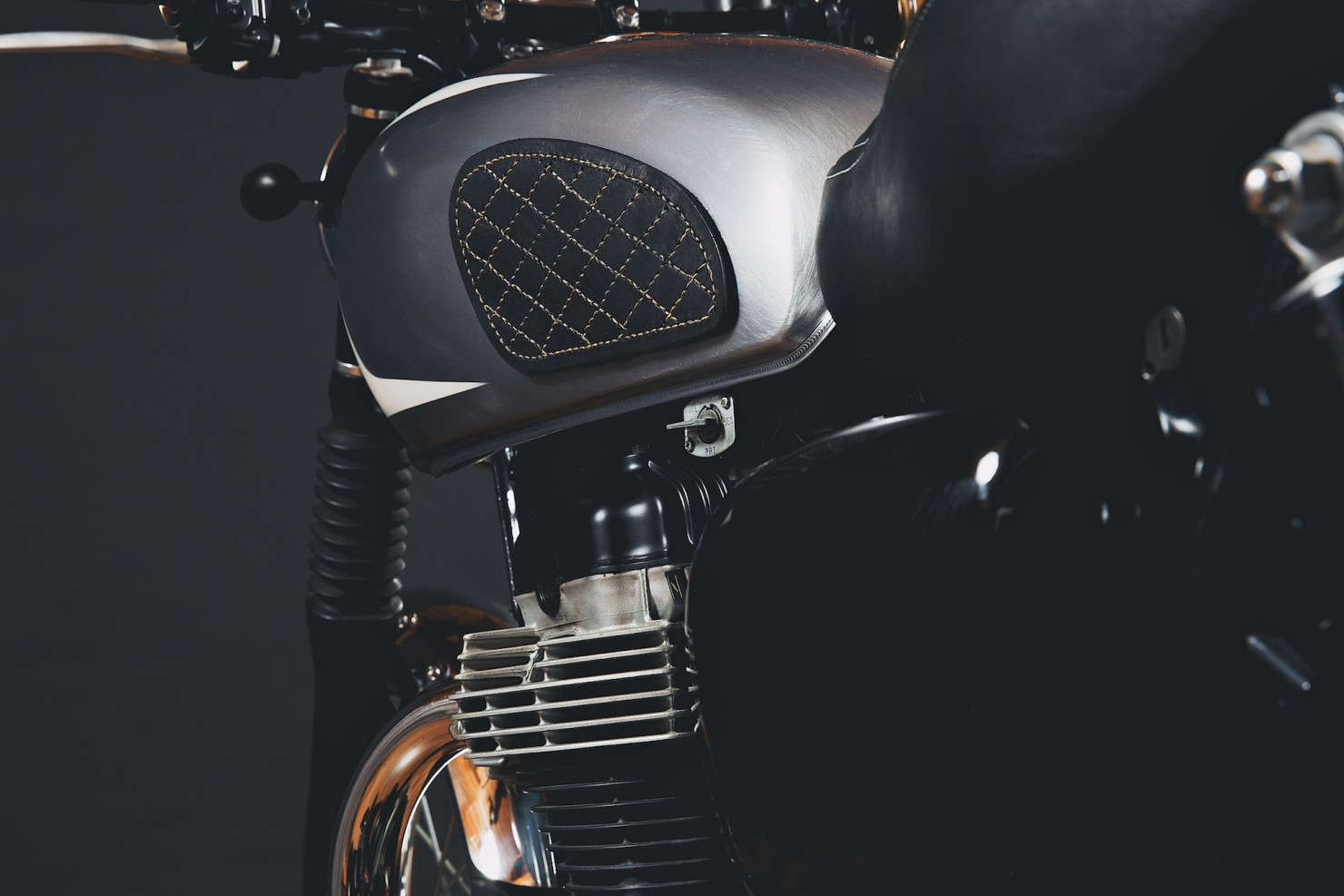 Kawasaki W650 Motorcycle 16 1480x987 Kawasaki W650