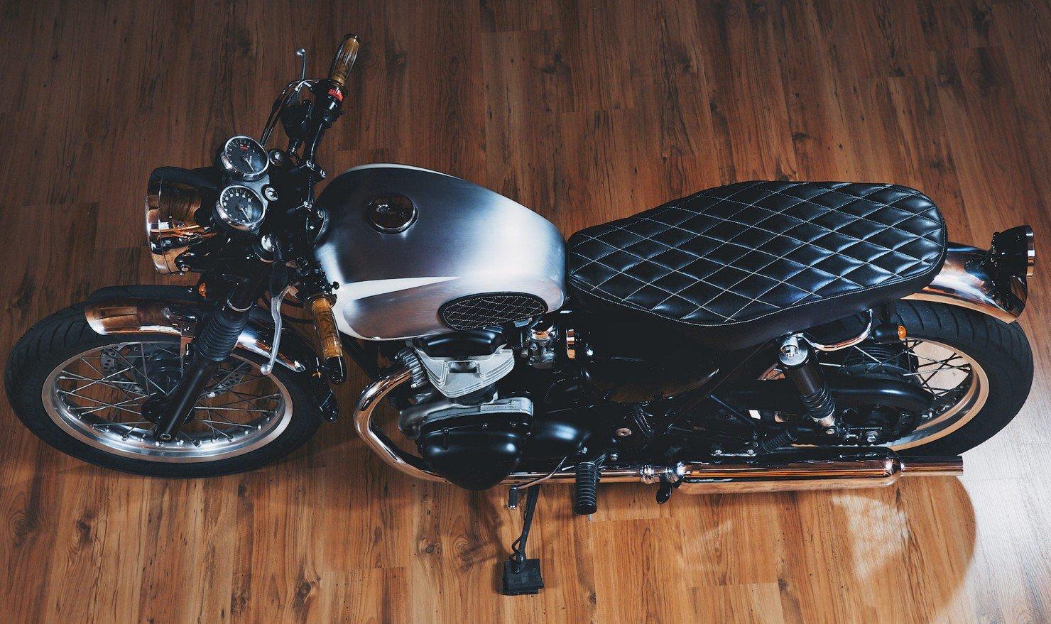 Kawasaki W650 Motorcycle 17 1480x879 Kawasaki W650