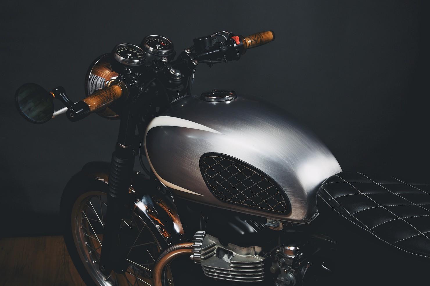 Kawasaki W650 Motorcycle 3 1480x986 Kawasaki W650
