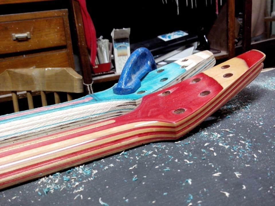 Skateboard_Guitars_21