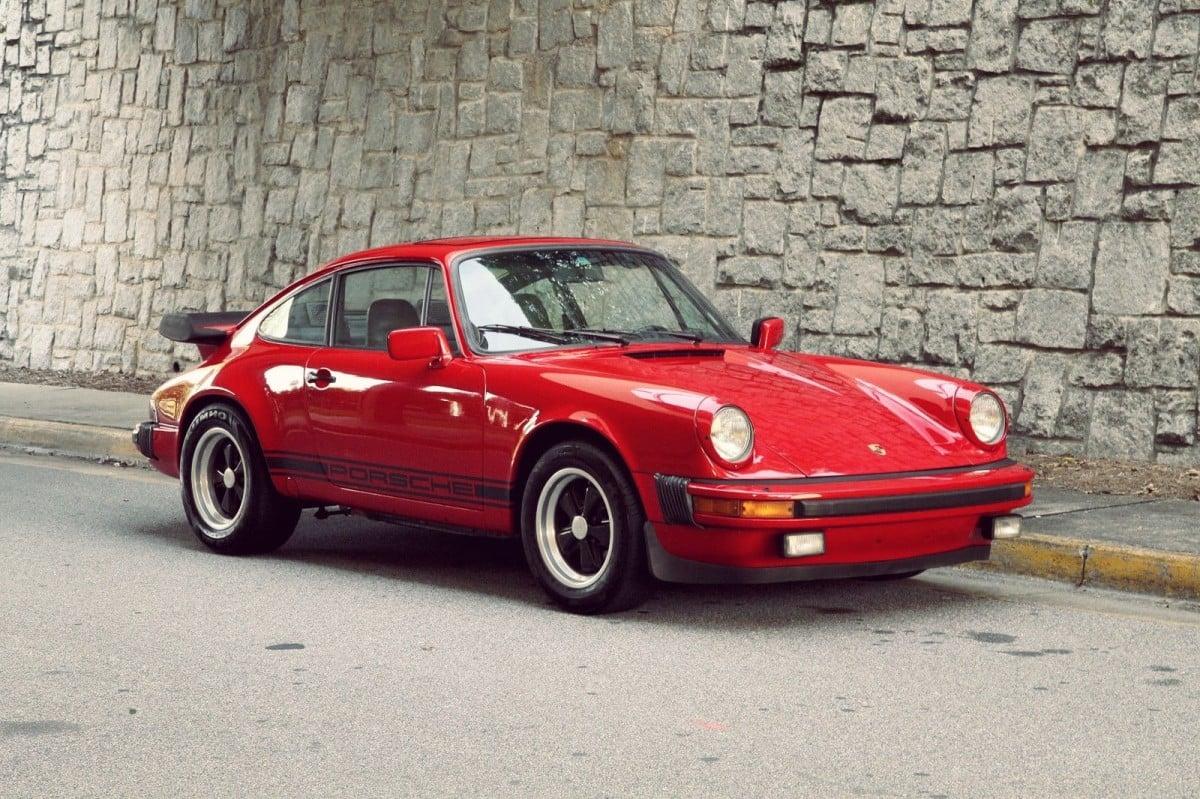 1977 Porsche 911s Silodrome