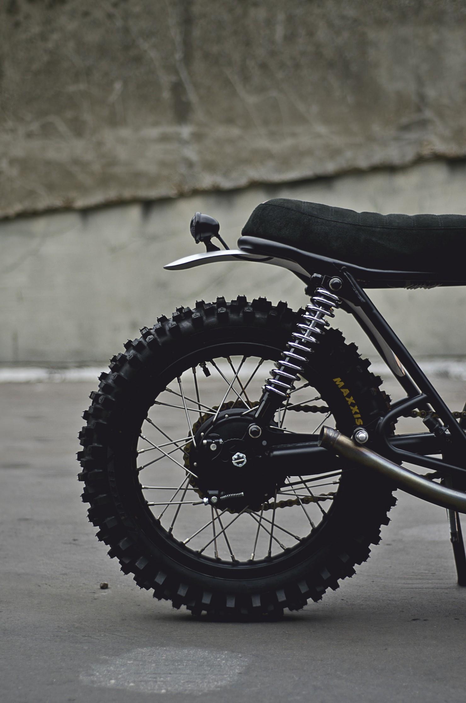 Yamaha SR500 10
