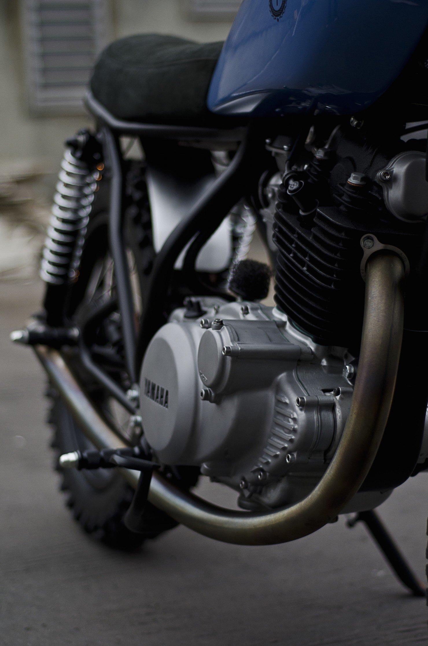 Yamaha SR500 14