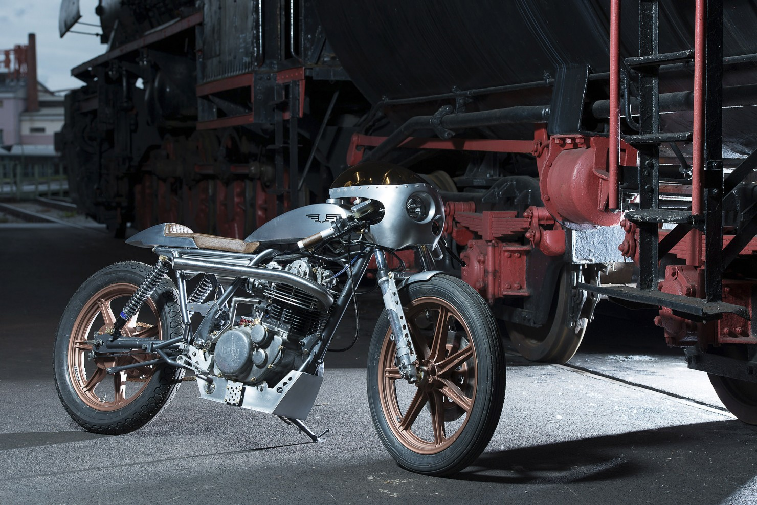 Yamaha_SR500_Custom_Motorcycle_1