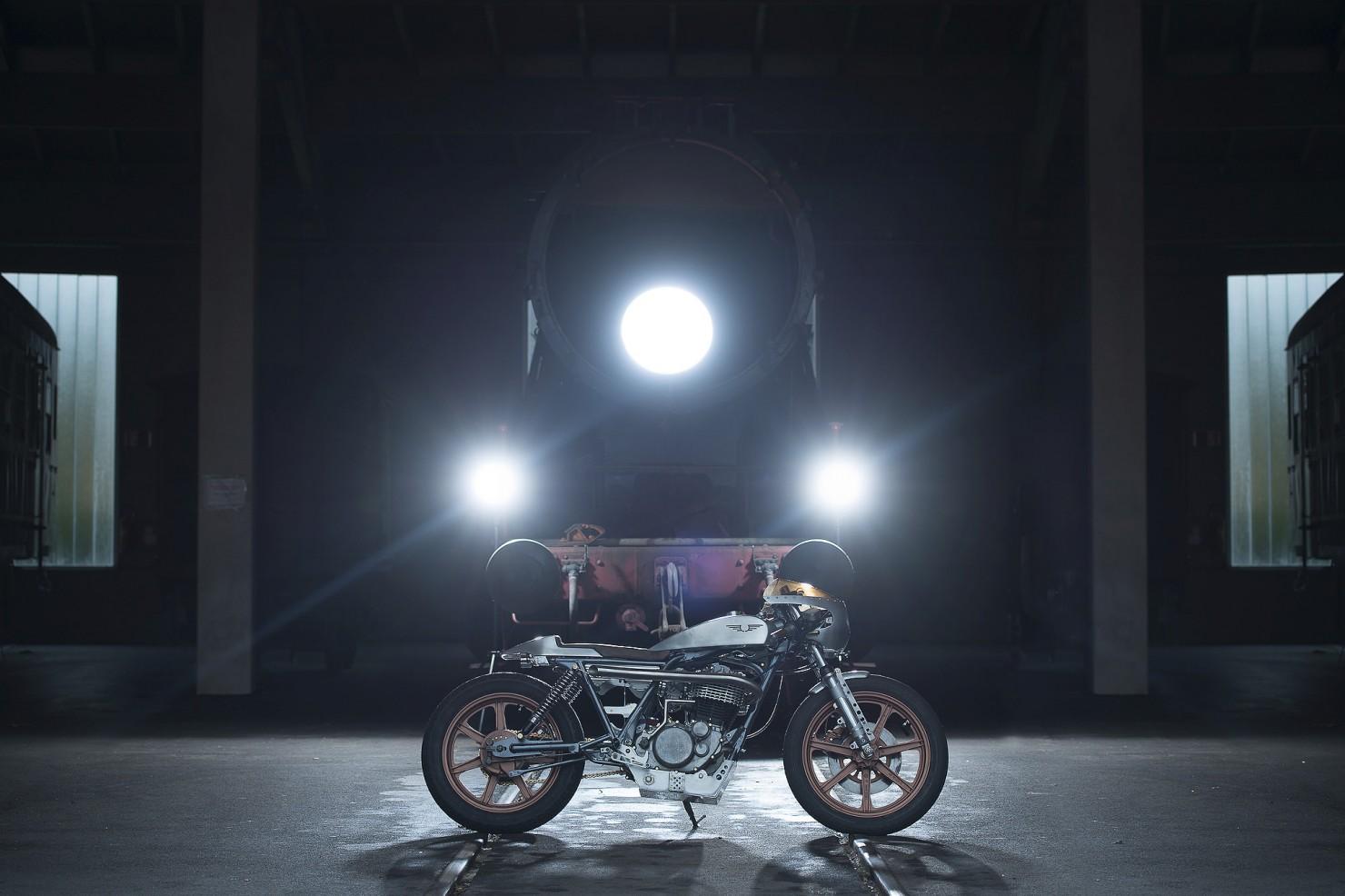 Yamaha_SR500_Custom_Motorcycle_11