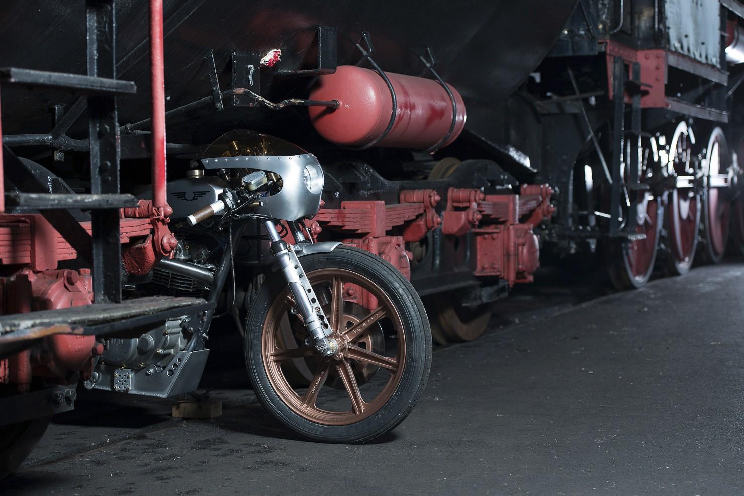 Yamaha_SR500_Custom_Motorcycle_6