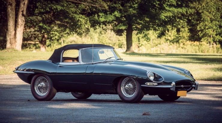 Jaguar_E-Type_Car_11