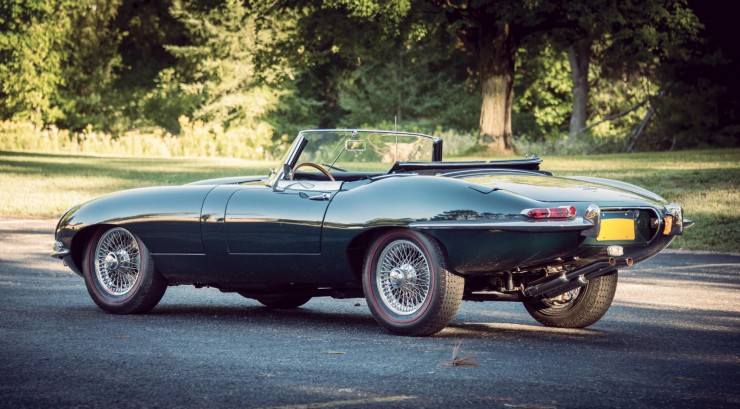 Jaguar_E-Type_Car_12