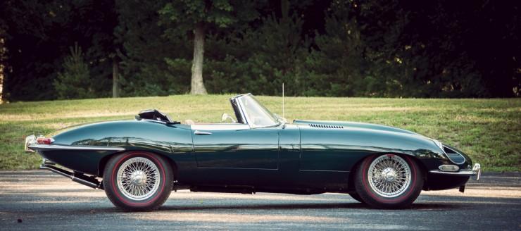 Jaguar_E-Type_Car_4