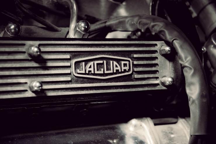 Jaguar_E-Type_Car_9