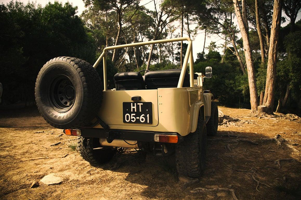 Toyota_Land_Cruiser_BJ40_5