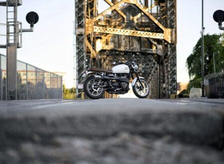 Triumph Bonneville Motorcycle 15 450x330 - Triumph Bonneville Scrambler