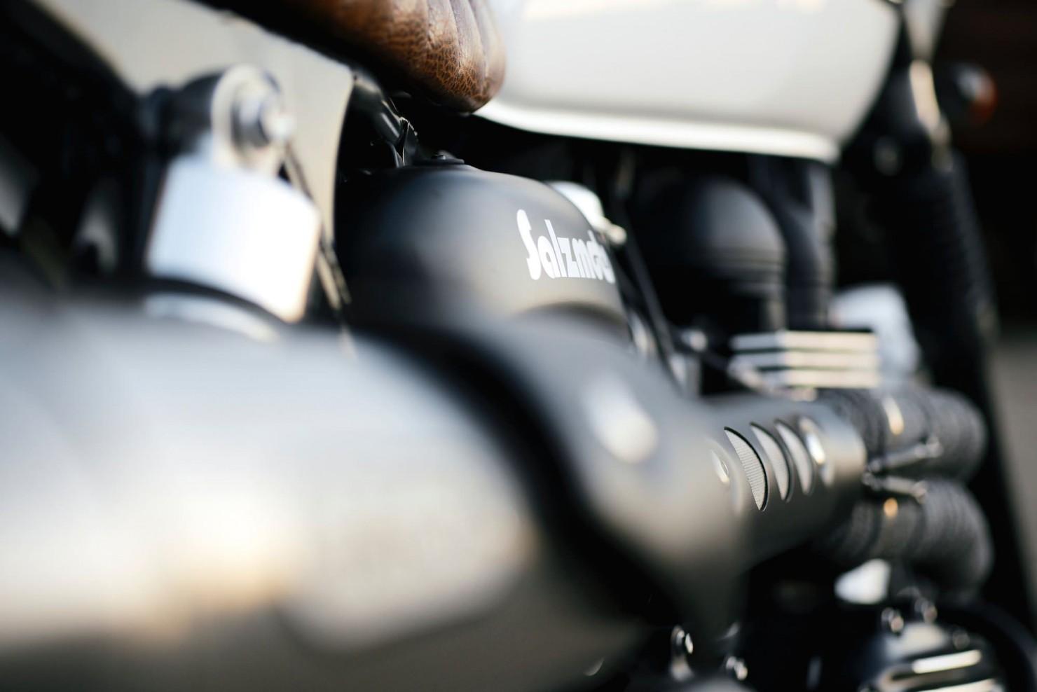 Triumph_Bonneville_Motorcycle_25