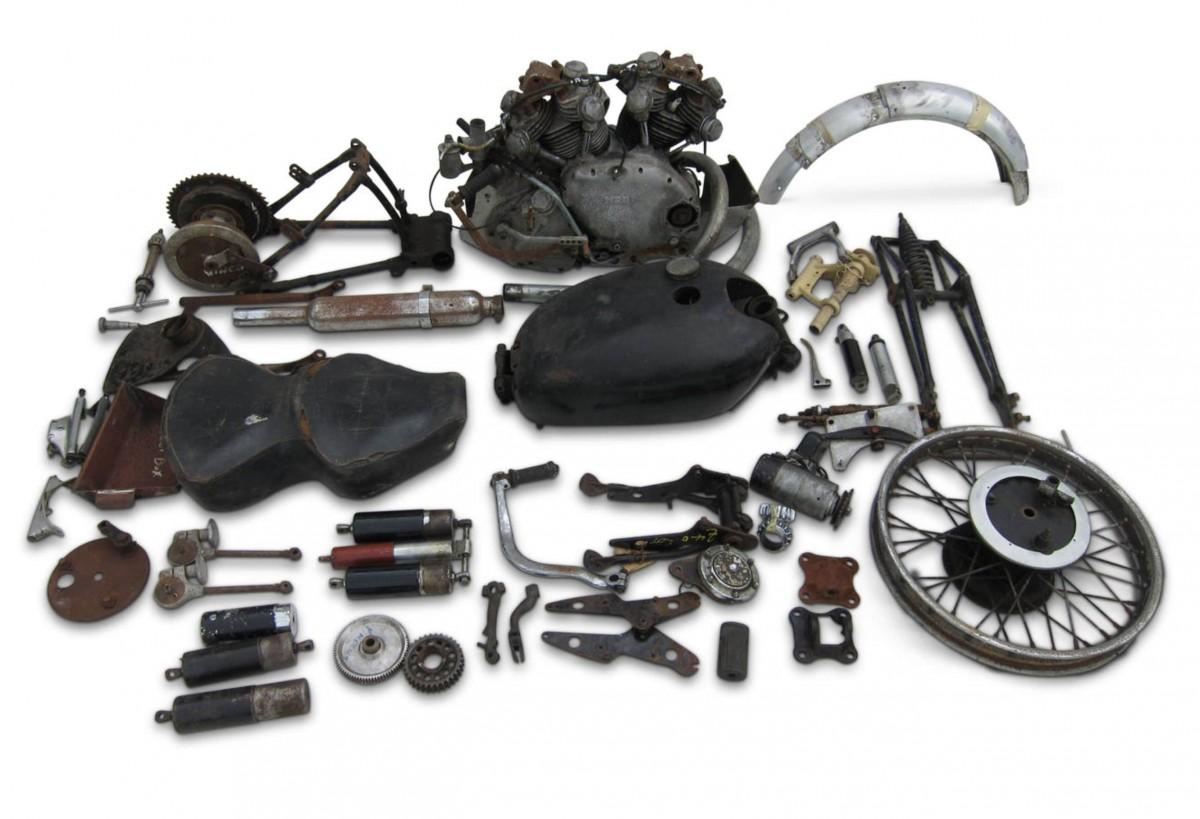 Vincent 998cc Rapide 1200x819 - 1947 Vincent Rapide Project Motorcycle