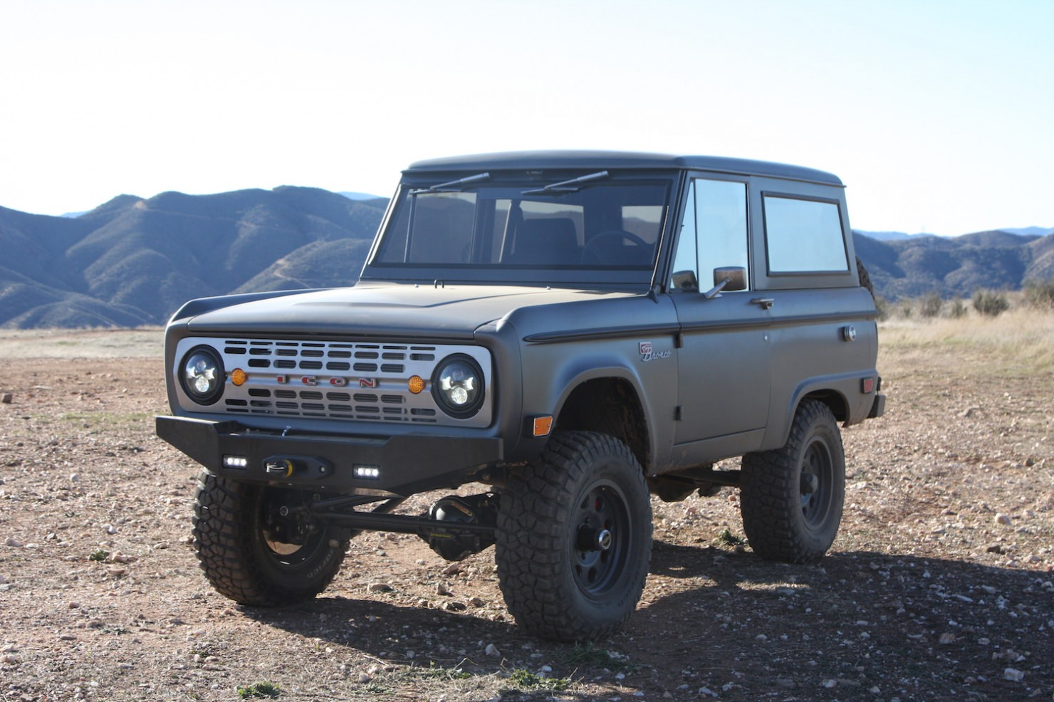 Bronco_Offroad_F34_Static_Beauty