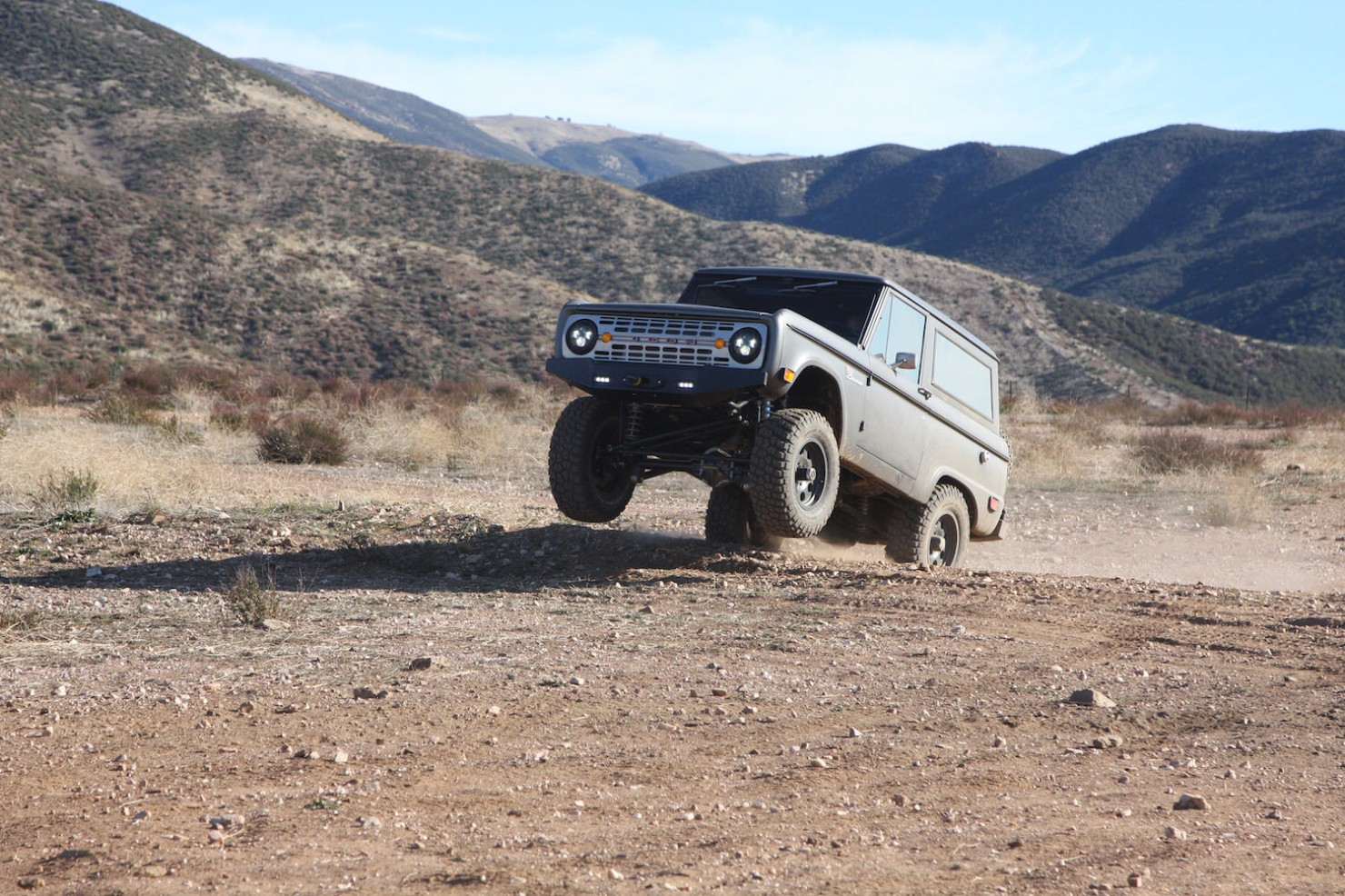 Bronco_Offroad_Jump