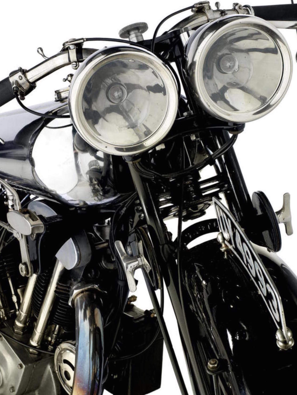 Brough Superior SS100 4