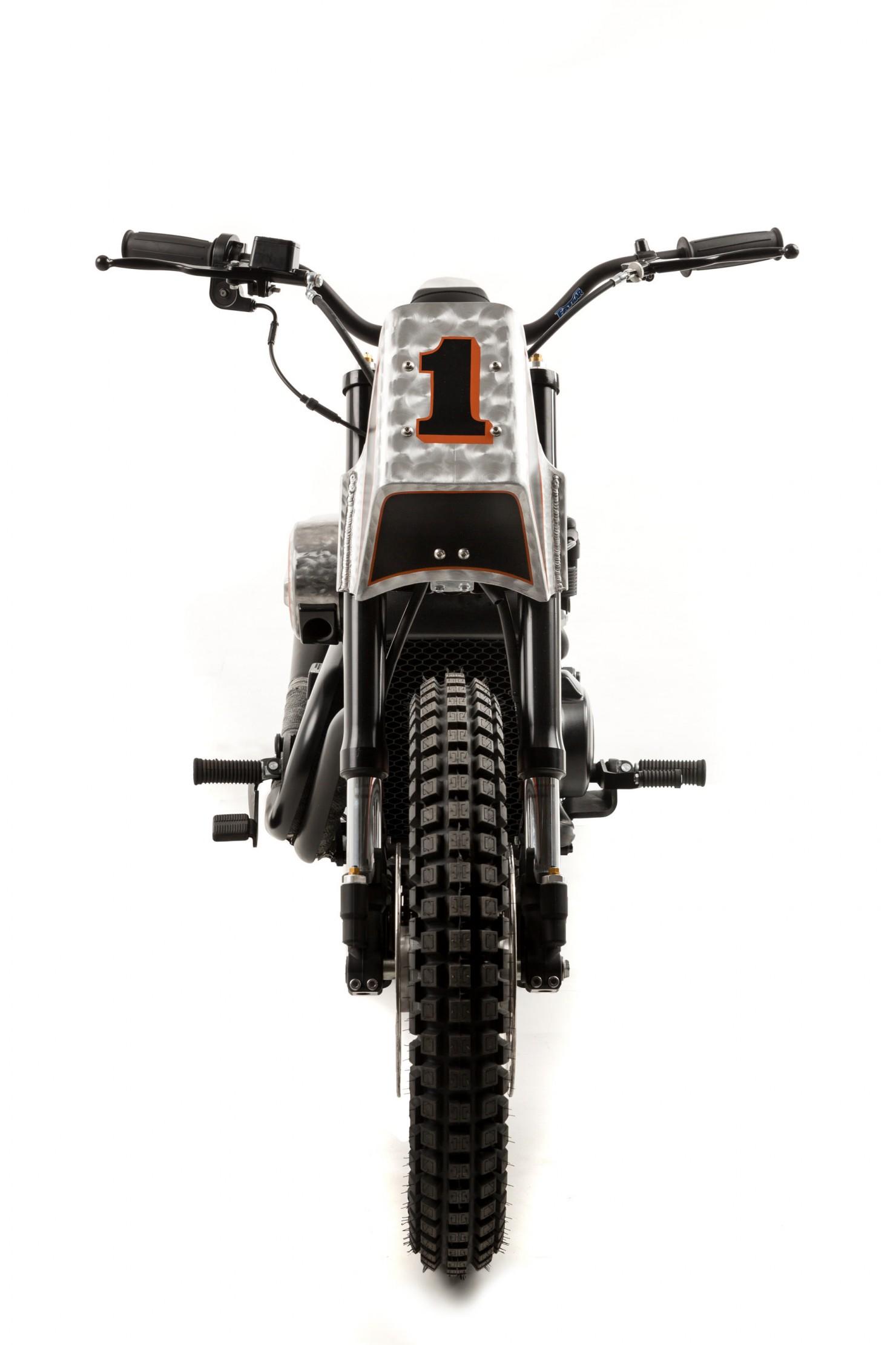 Harley-Davidson-Street-Custom-2