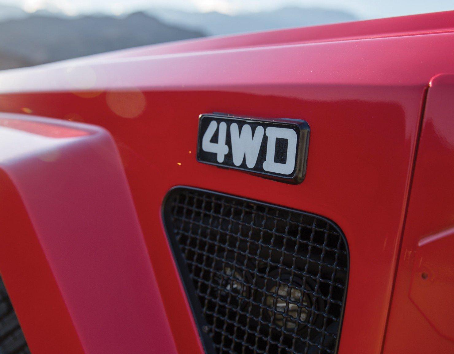 Lamborghini-LM002-7