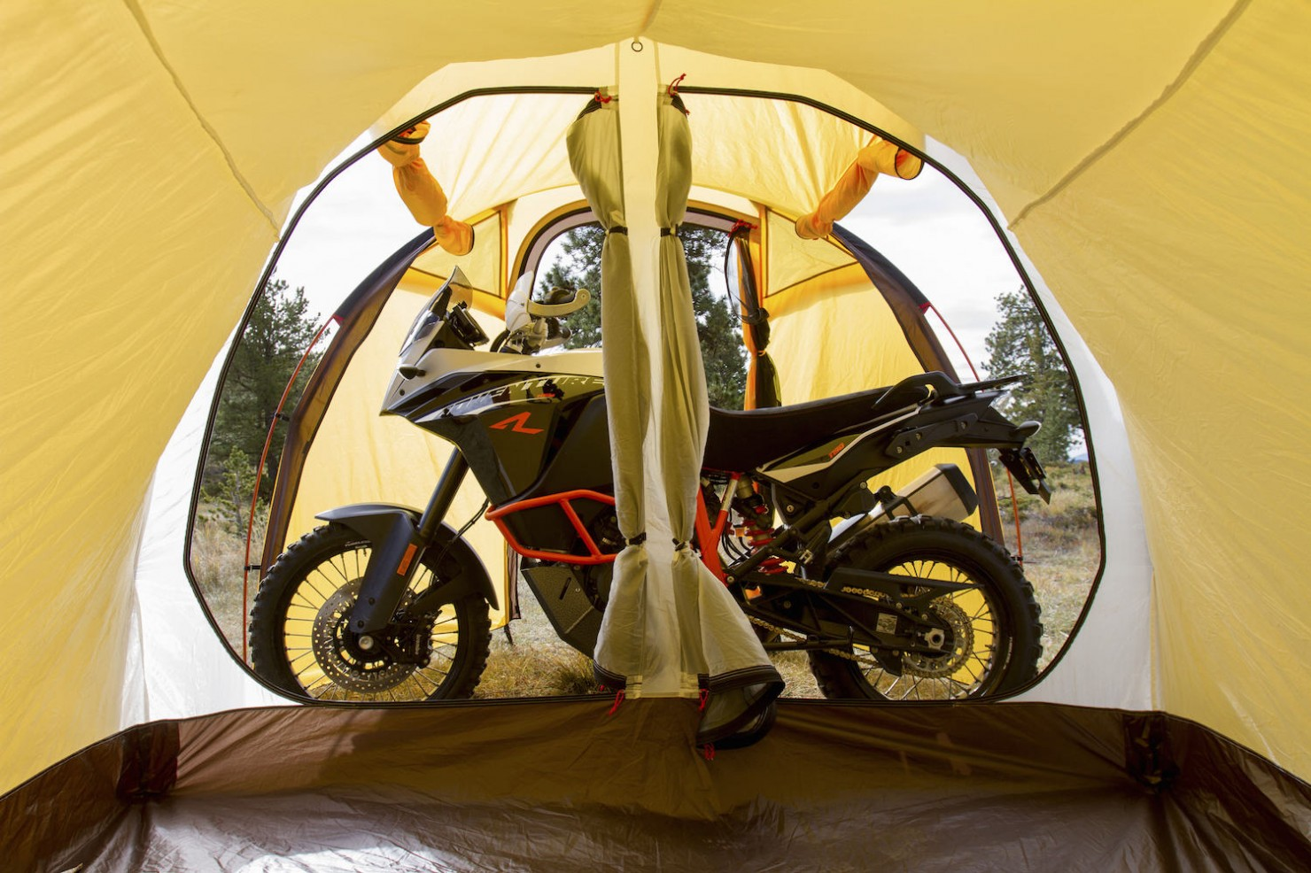 Motorcycle-Tent-6