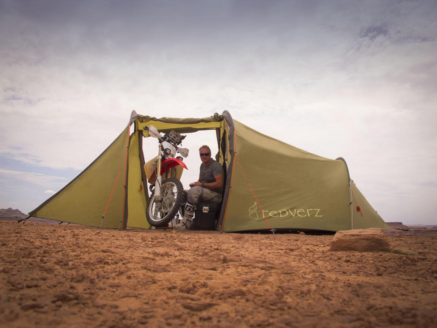 Motorcycle-Tent-8