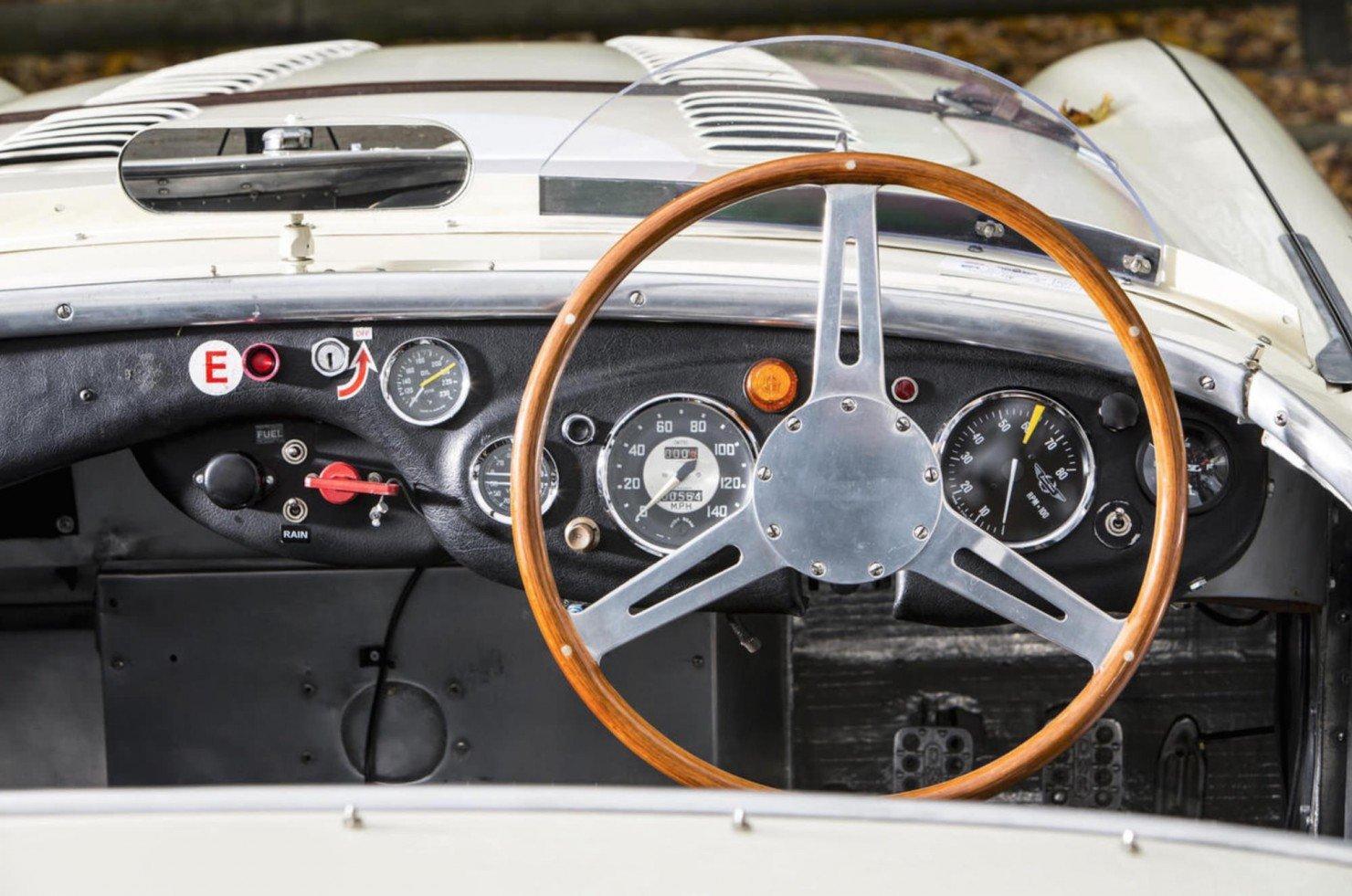 Austin-Healey-100S-18