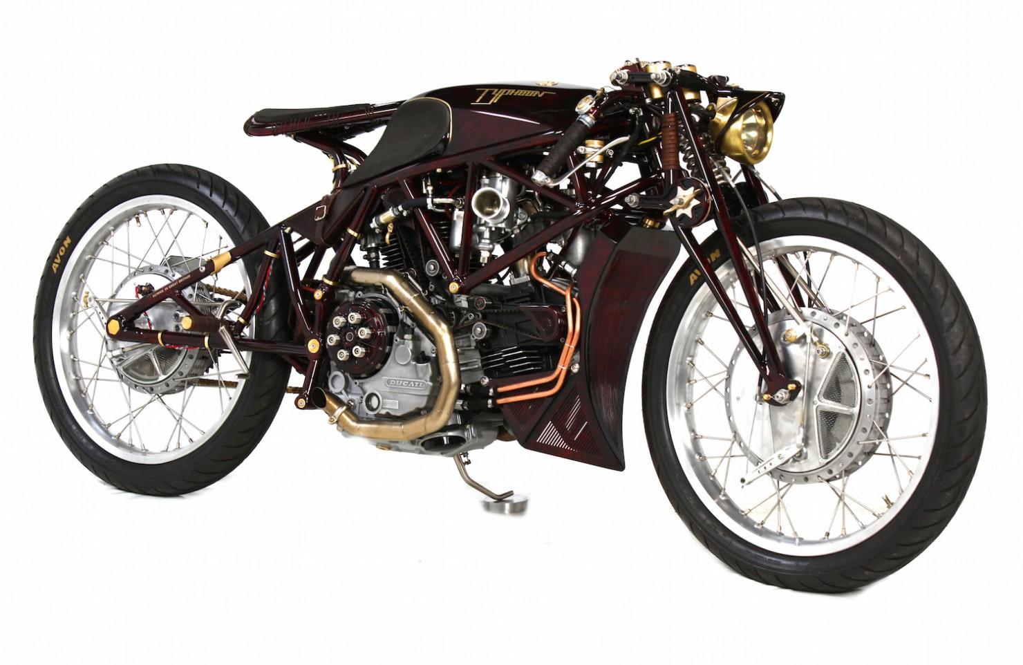 Ducati-900SS-15