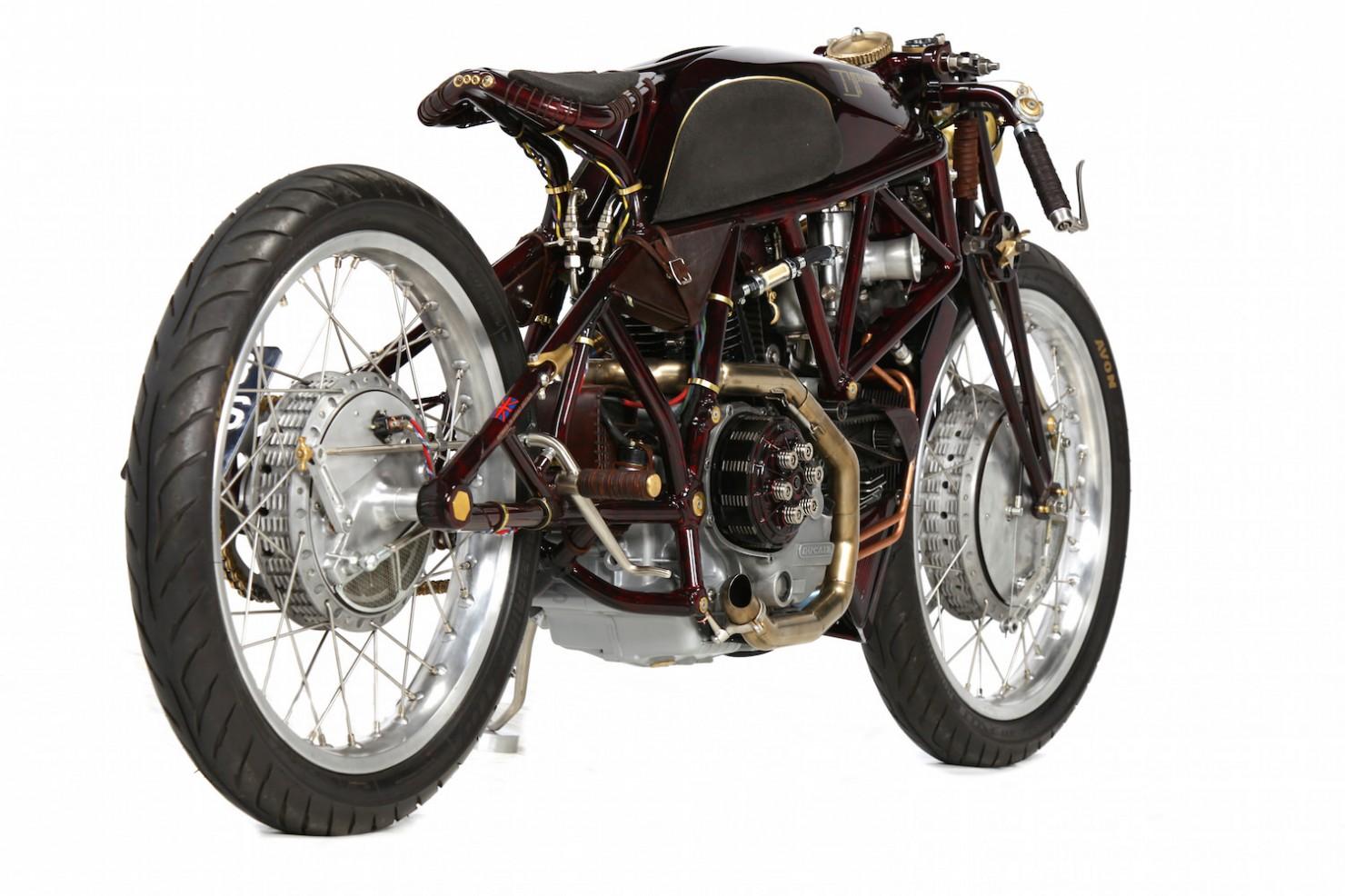 Ducati-900SS-19