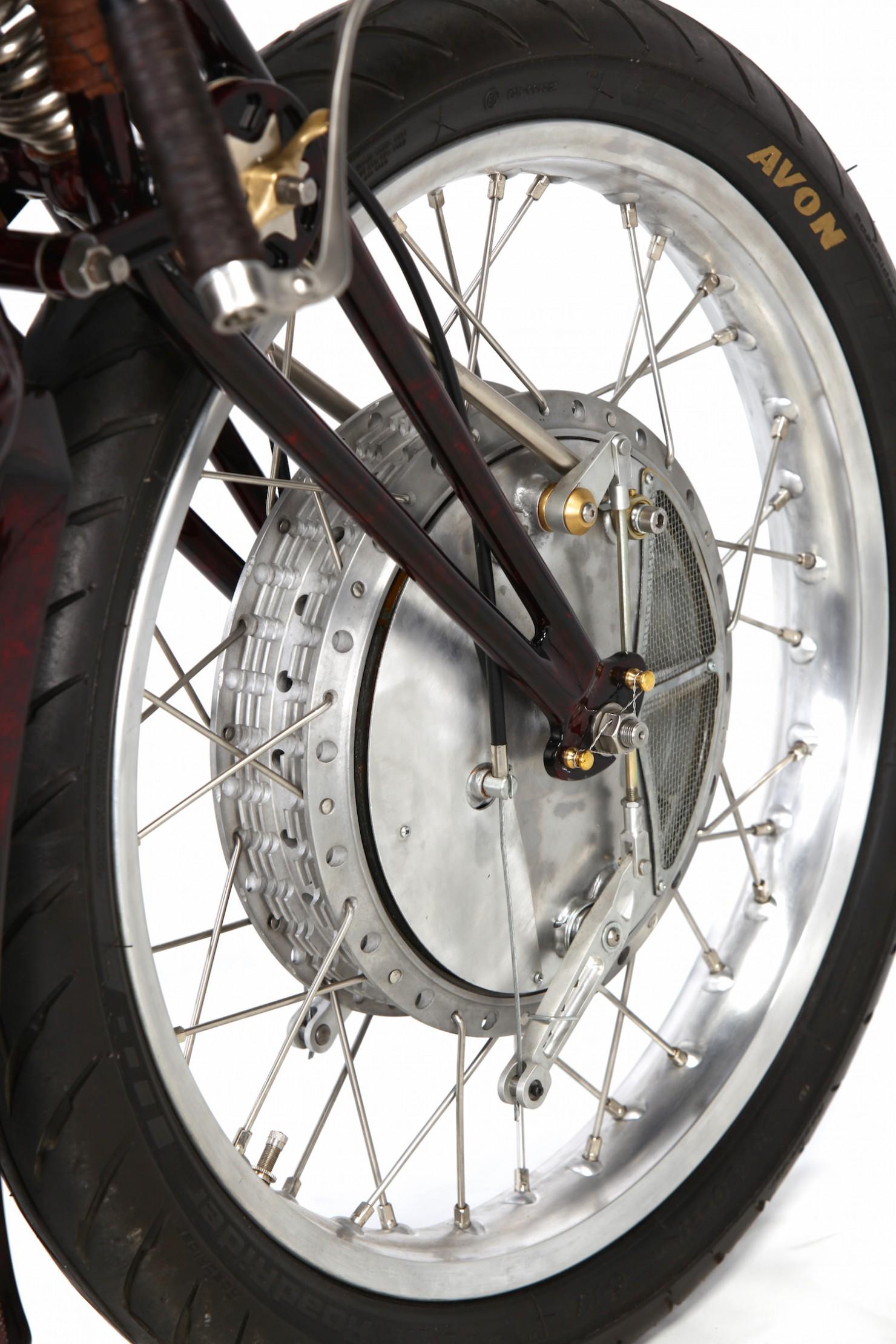 Ducati-900SS-22