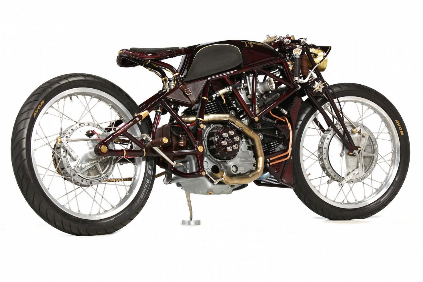 Ducati-900SS-23