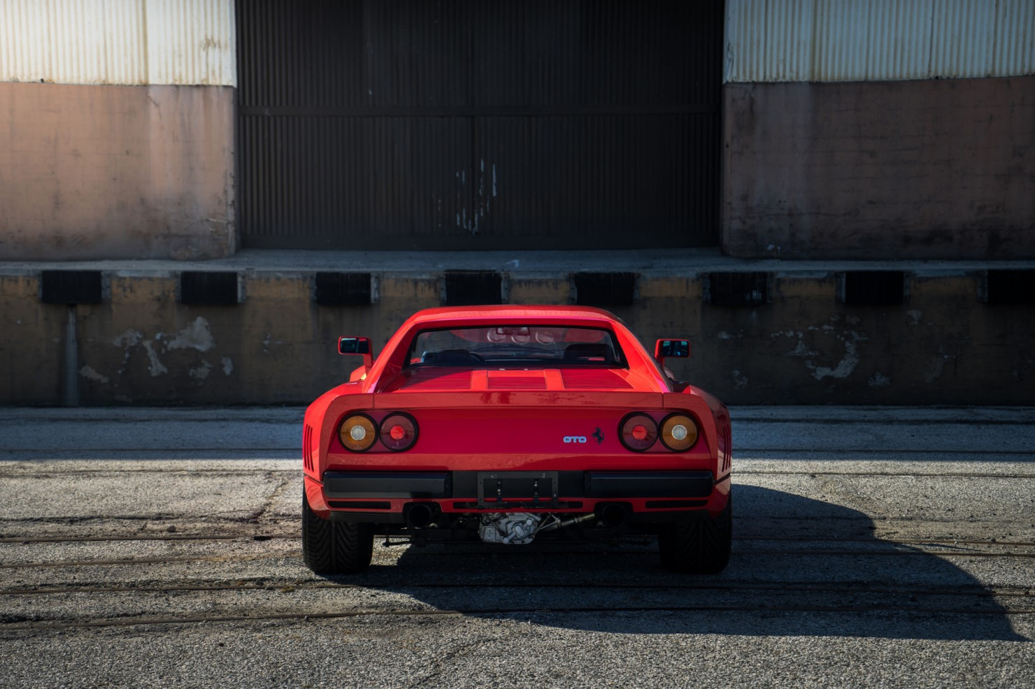 Ferrari-288-GTO-11