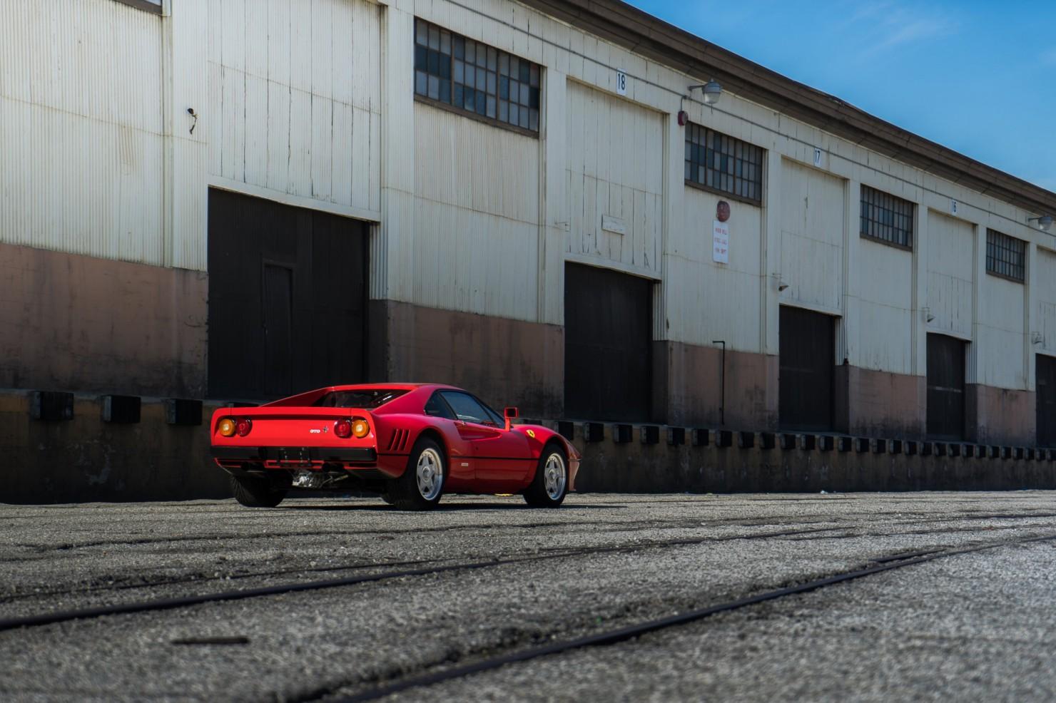 Ferrari-288-GTO-15