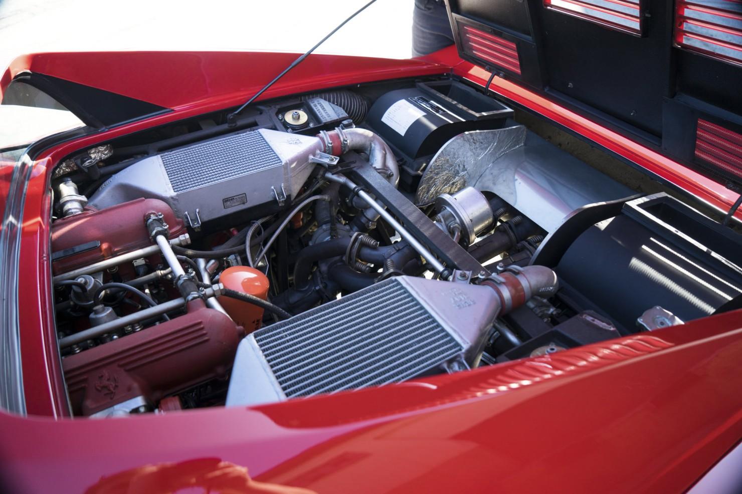 Ferrari-288-GTO-3