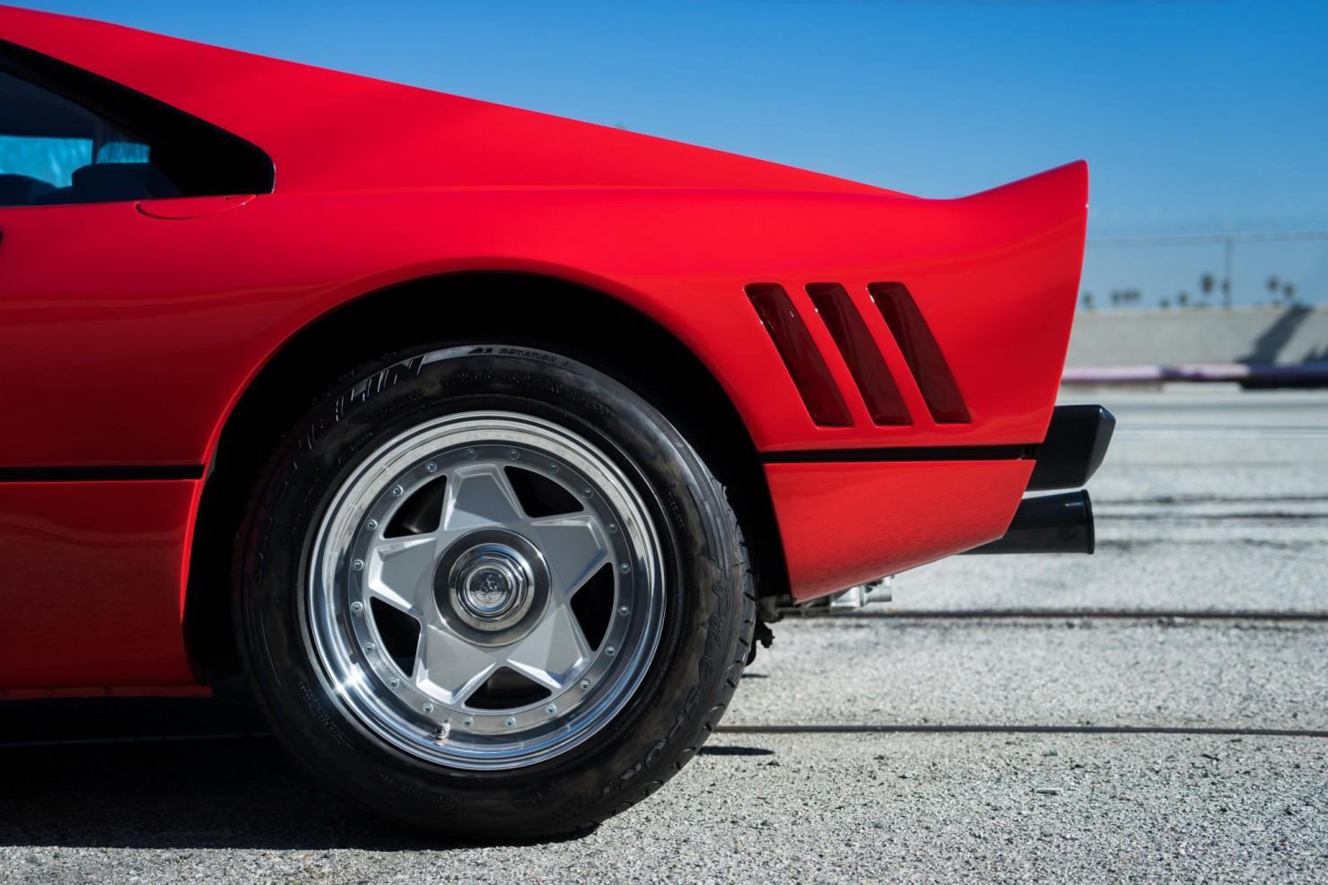 Ferrari-288-GTO-9