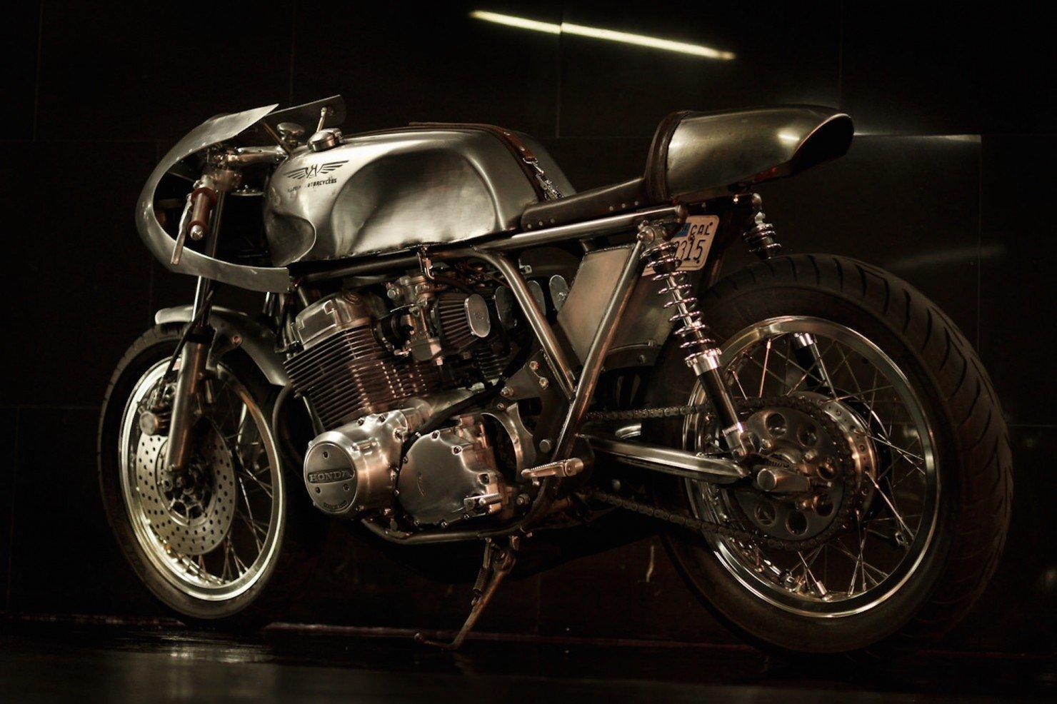 Honda-CB-750-Motorcycle-11
