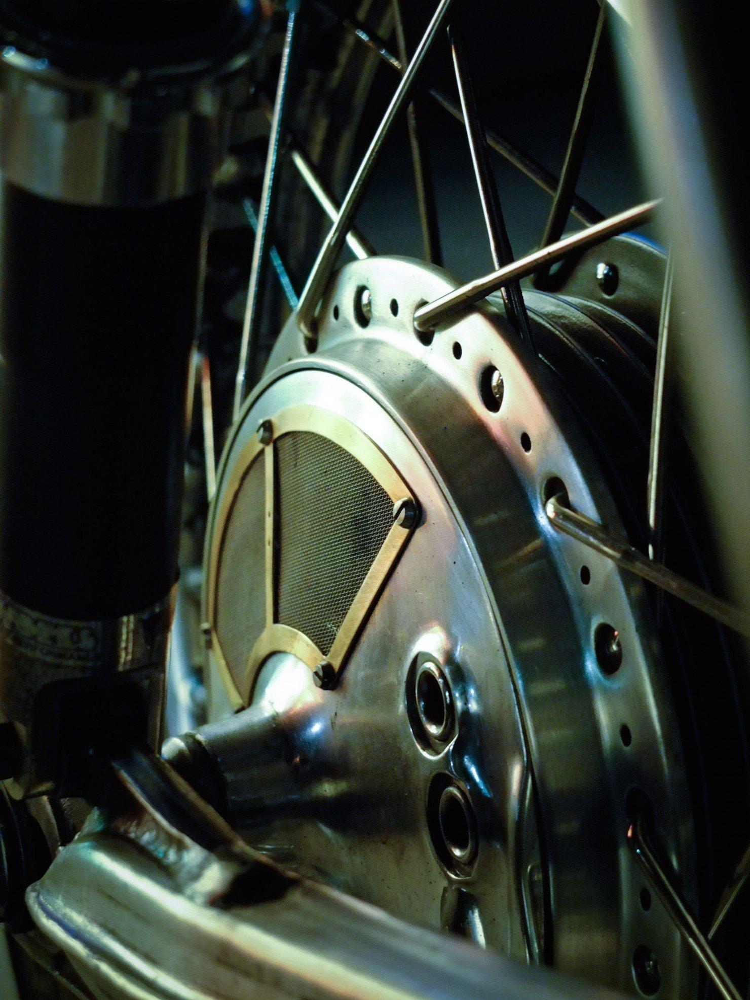 Honda-CB-750-Motorcycle-3