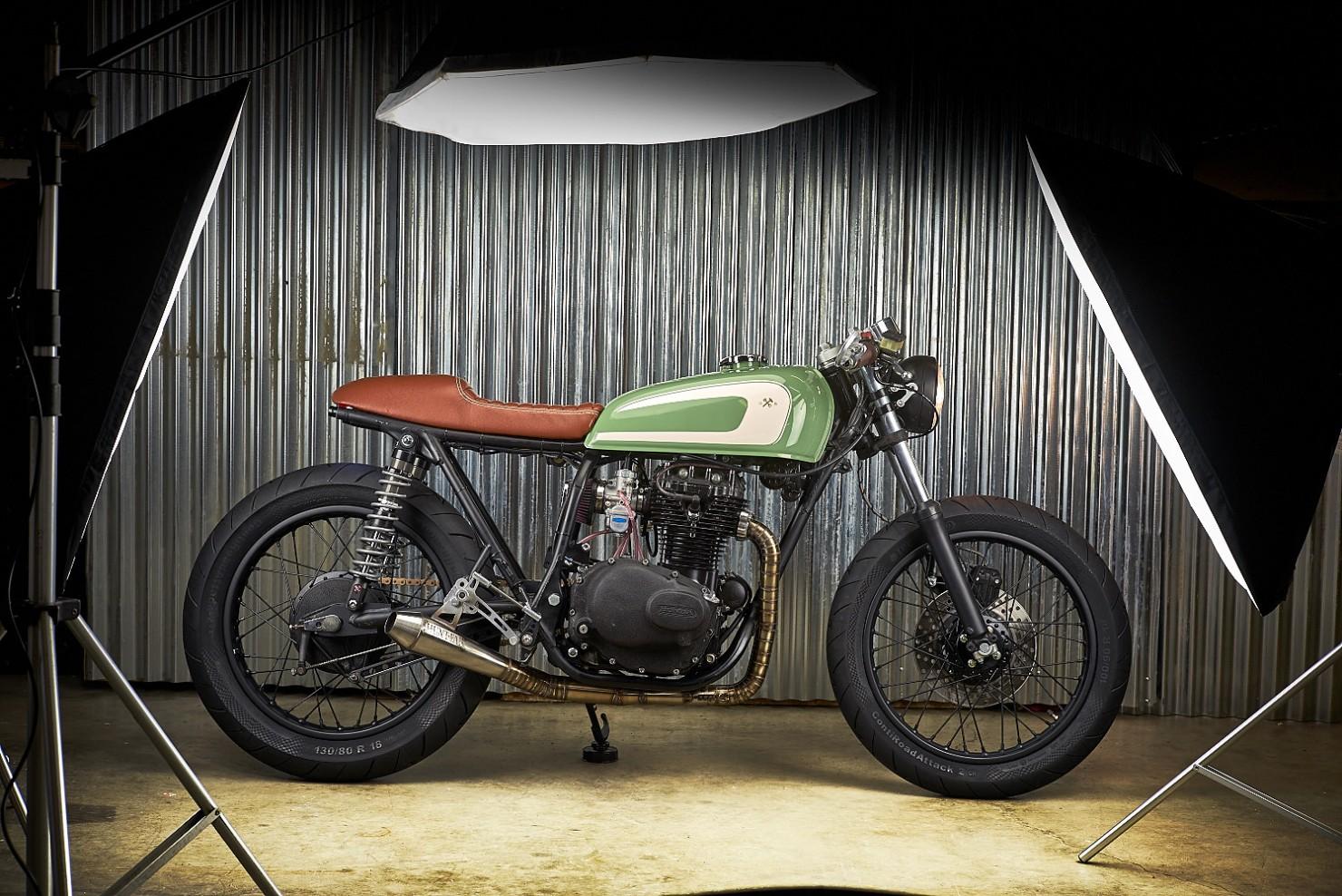 Honda-CB360-Motorcycle-3
