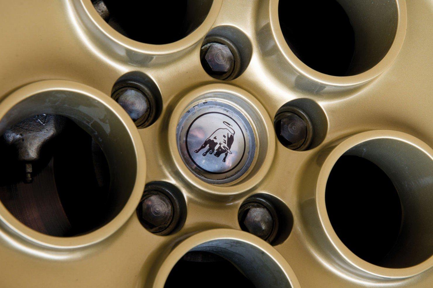 Lamborghini-Countach-LP400S-15