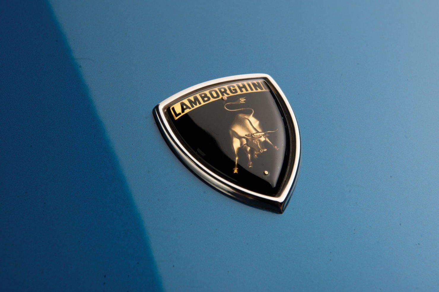 Lamborghini-Countach-LP400S-6
