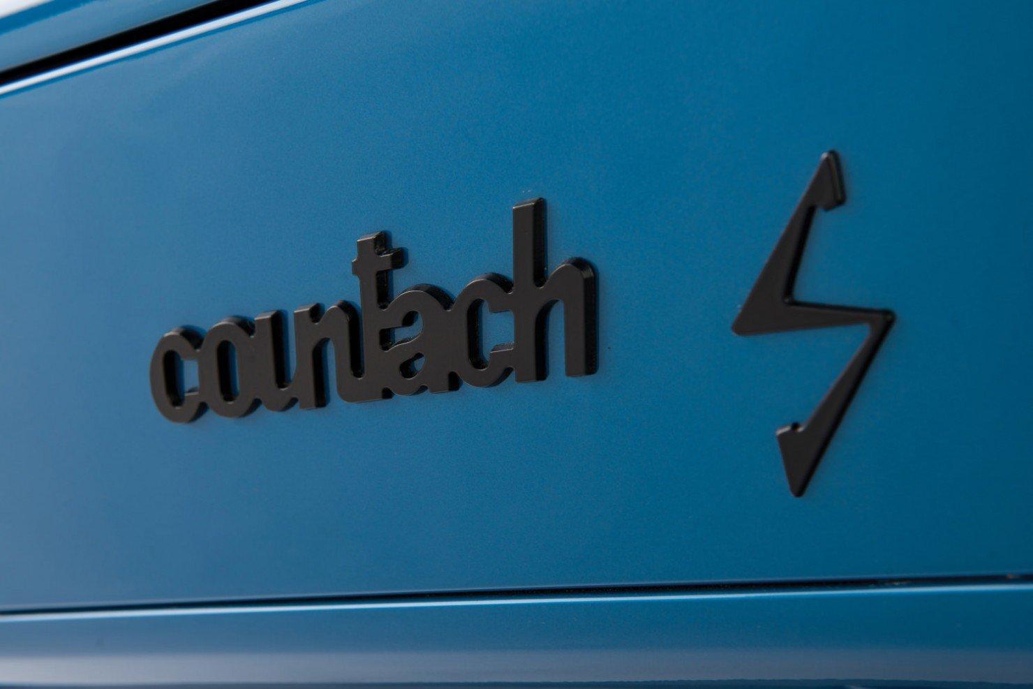 Lamborghini-Countach-LP400S-7
