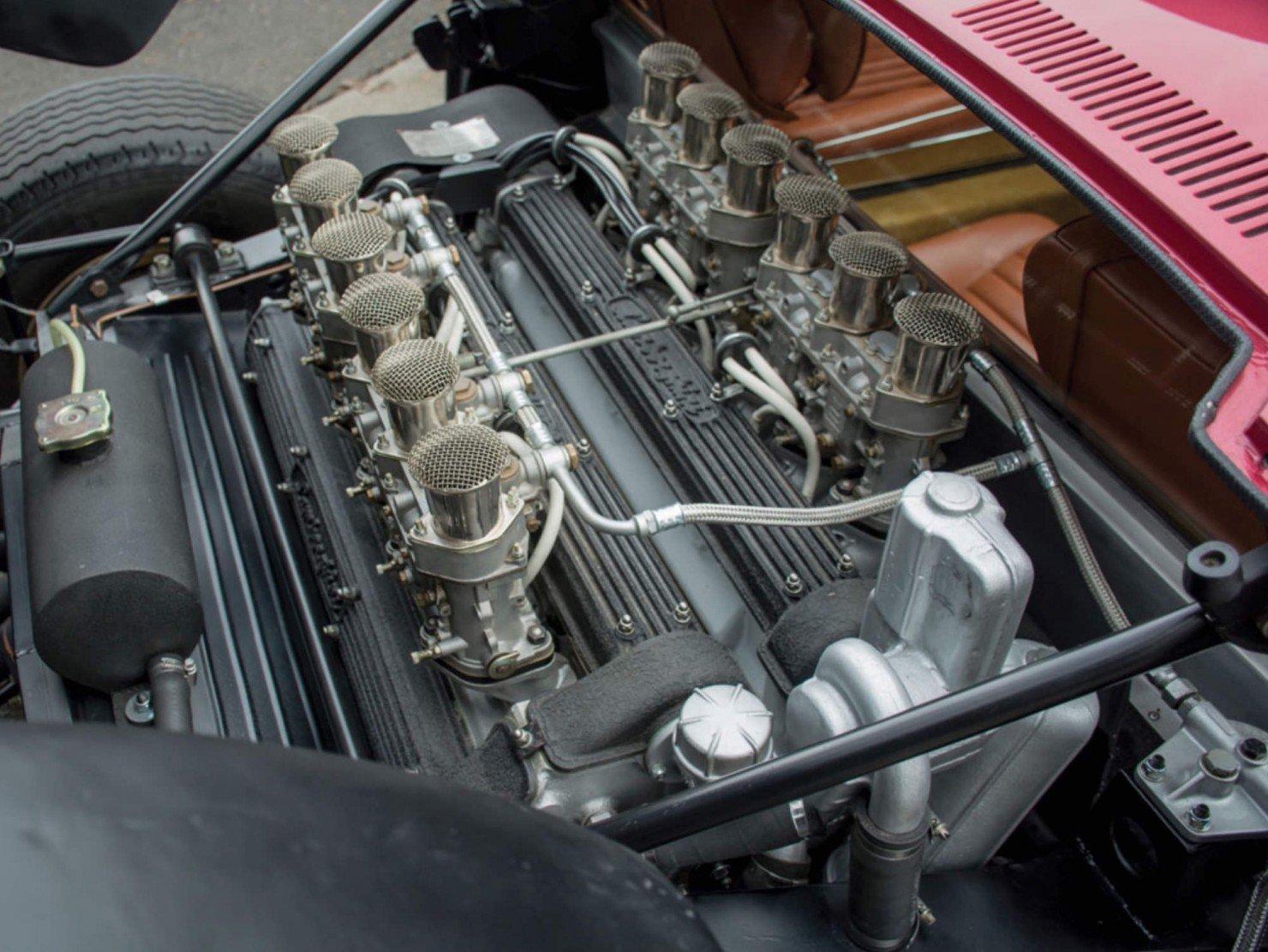 Lamborghini-Miura-3